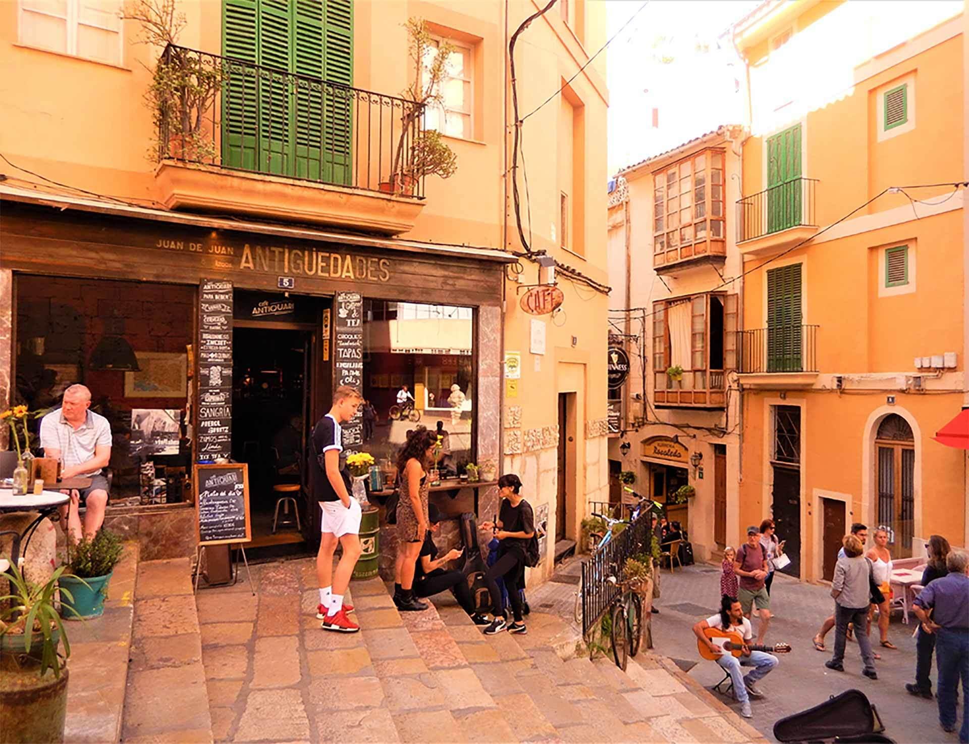 Antiguedades Bar Palma