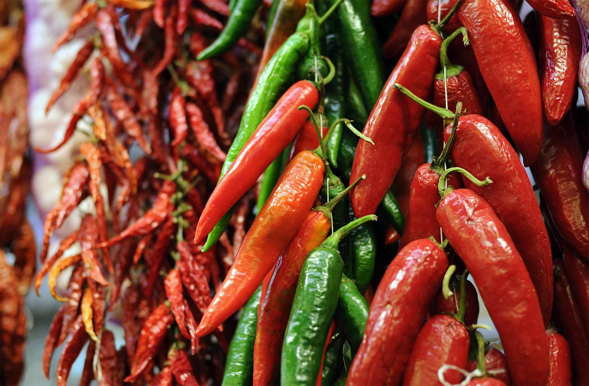 Chilies Market 2