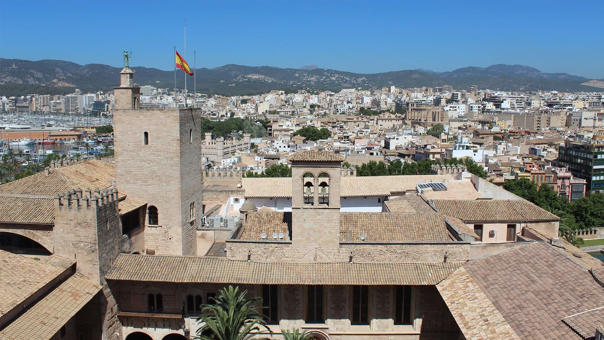 Palma Cathedral Rooftop Adele Chretien Yello There Photography 10