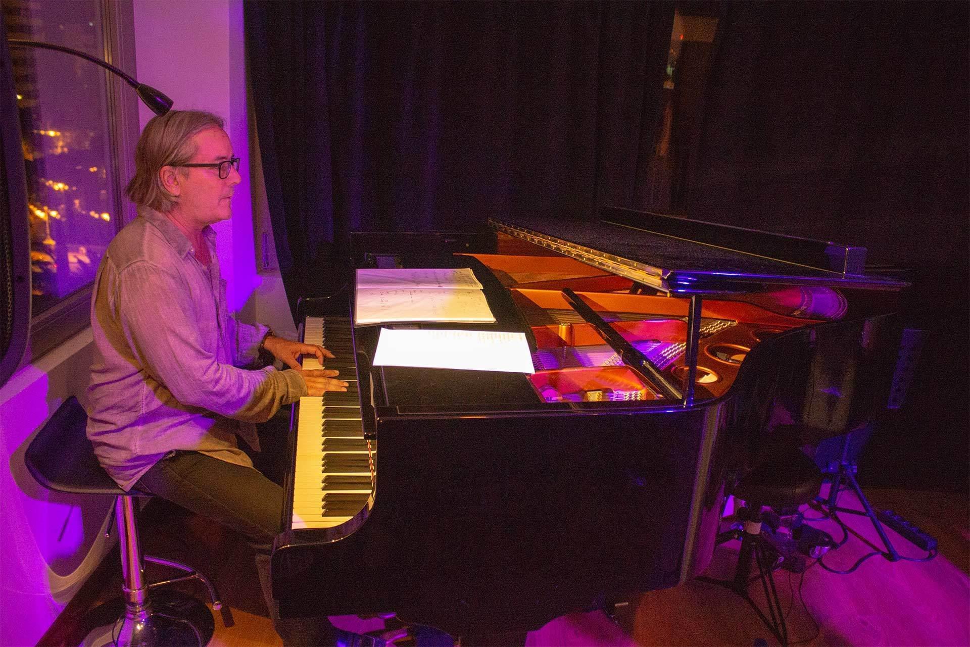 Piano Blue Jazz Club