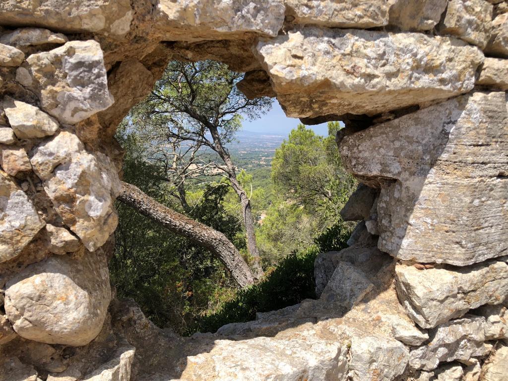 Window off Castillo