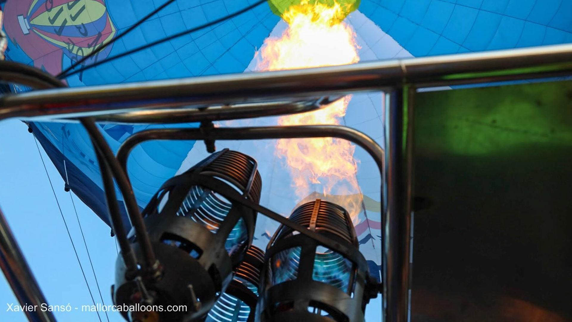 Fire blowing hot air ballooons mallorca min