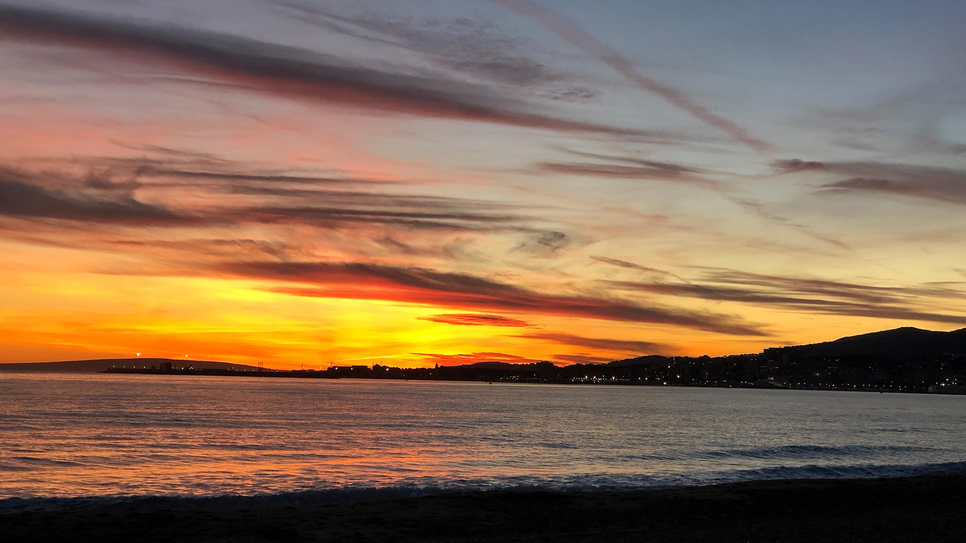Sunset beach autumn Photo Adele Chretien