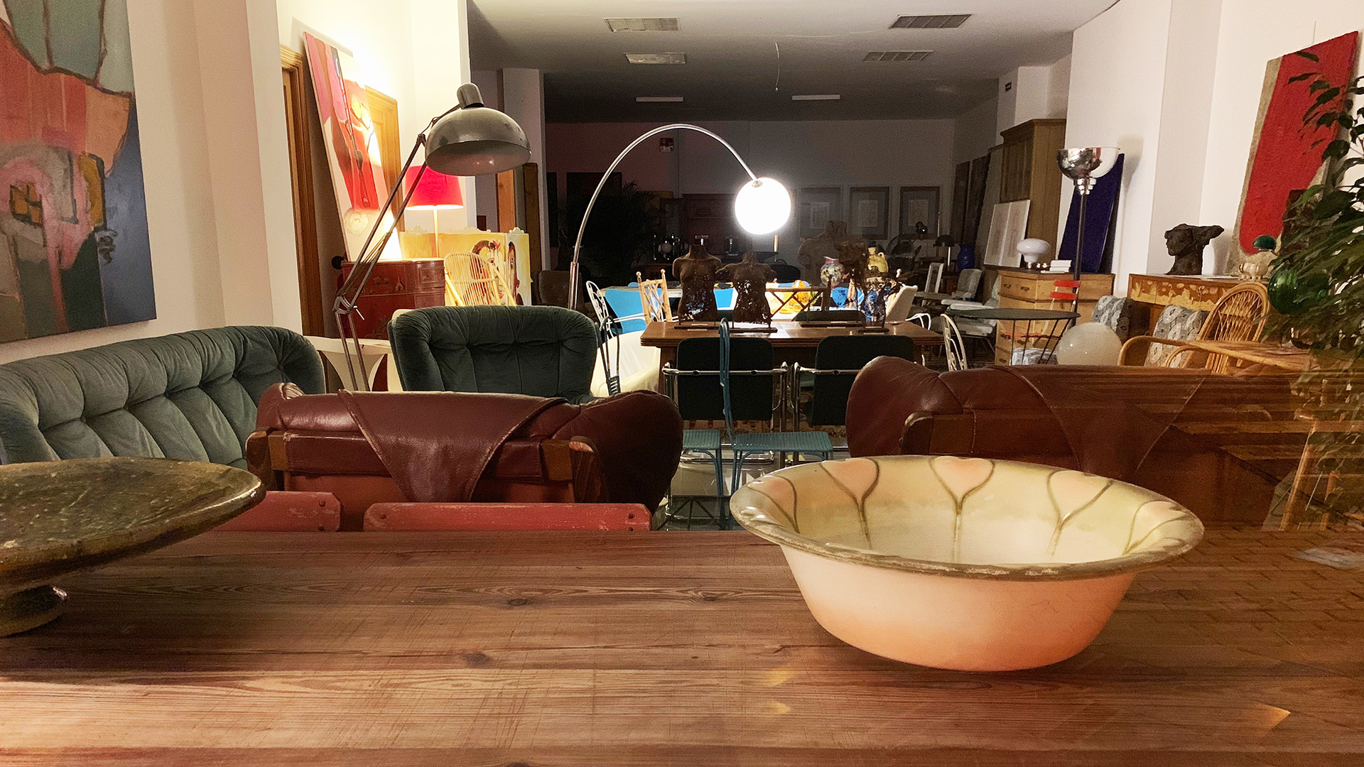 Vintage furniture shop mallorca